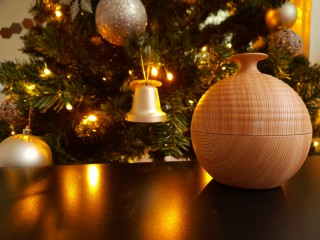 We decided to share 5 main reasons to use essential oil diffusers at your home or office space.